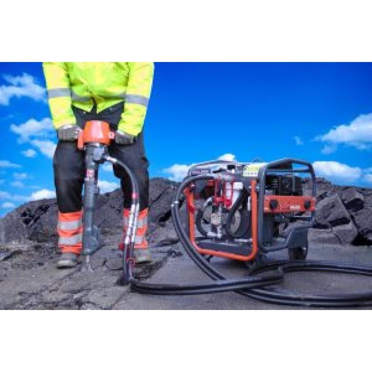 Oxtrad Tools Ltd Altrad Belle Bulldog HPX01TS Power Pack and BHB25XS Breaker